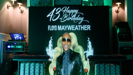 "Floyd ""Money"" Mayweather celebrated his 43rd Birthday in Luxury!"