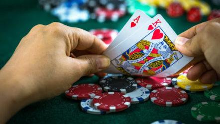 Gambling firms urged to impose betting cap of £50 a day amid Coronavirus Pandemic
