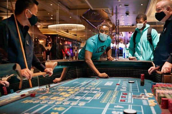 Gamblers in Nevada must wear masks