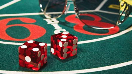 Evolution launches first live dealer craps game